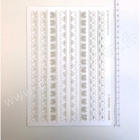 PDS SUJET PAPIER DENTELLE FRISES 4   2 x 4  pièces
