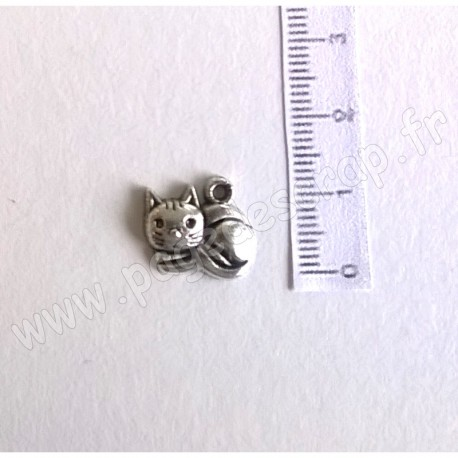 SCRAPBERRY'S CHARMS LITTLE KITTEN 13 x 14 mm